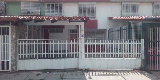 Casa en Mérida, sector La Hechicera, Urbanización Las Terrazas.