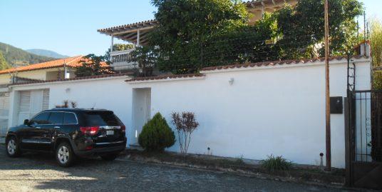 Casa en Mérida, Urb. La Mata.